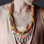CHUNKY NEON NECKLACE